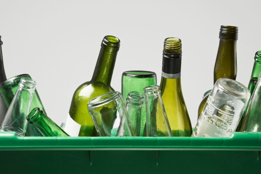 "European Soft Drinks Industry Joins the ""Close the Glass Loop"" to Optimize Glass Packaging Circular Economy image"